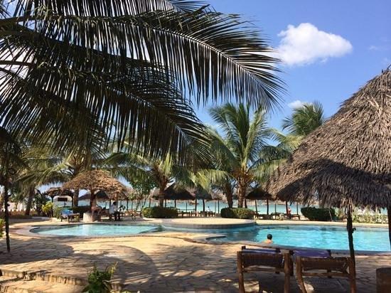 Waridi Beach Resort & Spa: waridi beach resort piscina
