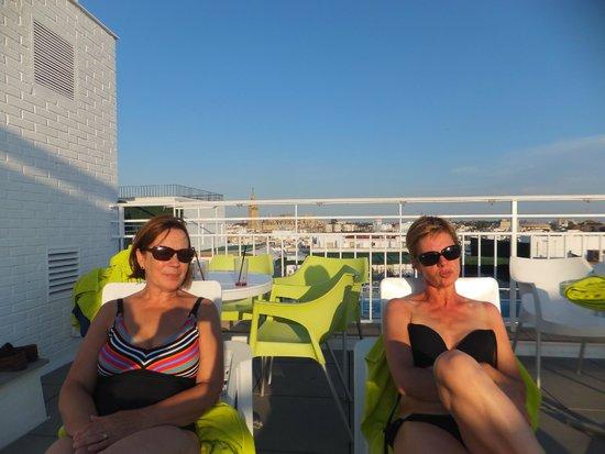 Hotel Becquer: la détente au solarium