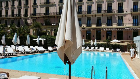 Hotel Royal-Riviera : Hotel pool