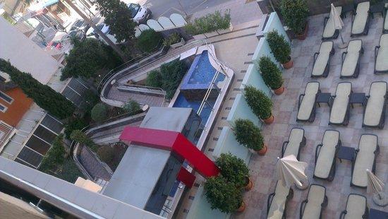 Mediterranean Bay Hotel : entree