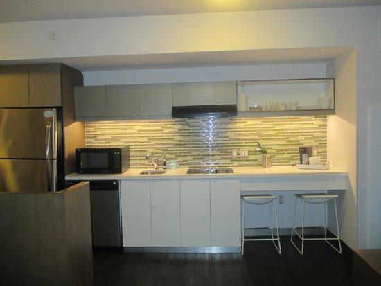 Element Miami International Airport: Wonderful kitchen in the room