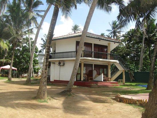 Dickwella Resort & Spa: Один из корпусов отеля