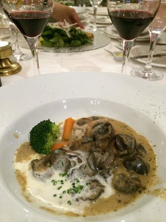 Chez Max Julen: Escargot cooked with light cream