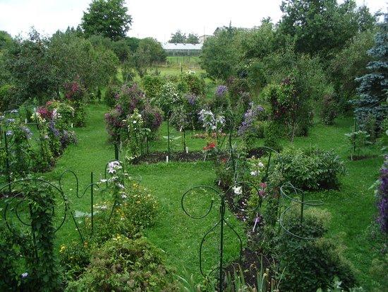 Roogoja Farm