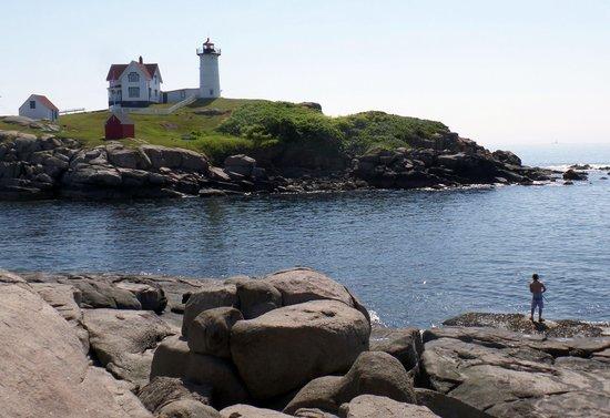 Cape Neddick Nubble Lighthouse: Pretty spot