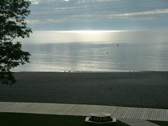 Lakeview Resort & Conference Centre: Sunset over Lake Winnipeg