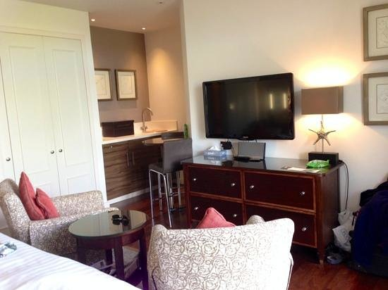 Somerville Hotel: our Garden Room - 2