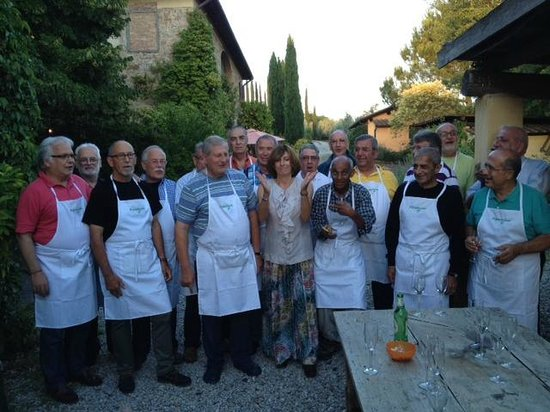 Il Grande Prato: The lovely Giulia and class reunion attendees