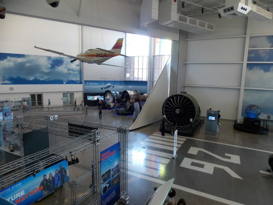 Future of Flight Aviation Center & Boeing Tour: The gallery