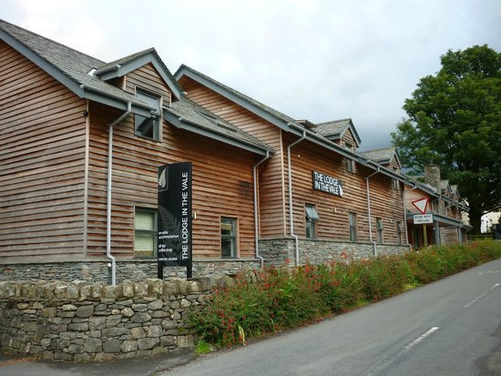 The Lodge in the Vale: Outside