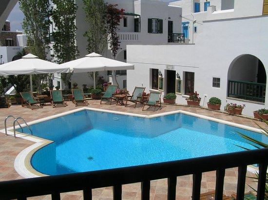 Hotel Spiros: view from standard studio