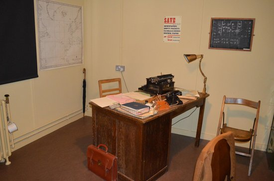 Bletchley Park: Alan Turing's office in Hut 8