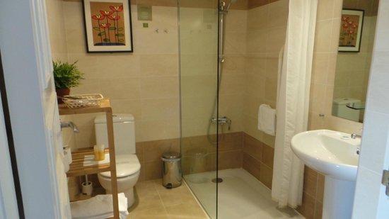 Hotel Arrope: baño
