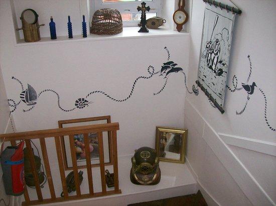 Escalier des chambres un petit mus e picture of le relais du vieux port le conquet tripadvisor - Hotel relais du vieux port le conquet ...