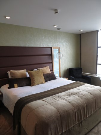 Radisson Blu Edwardian Manchester: king size bed