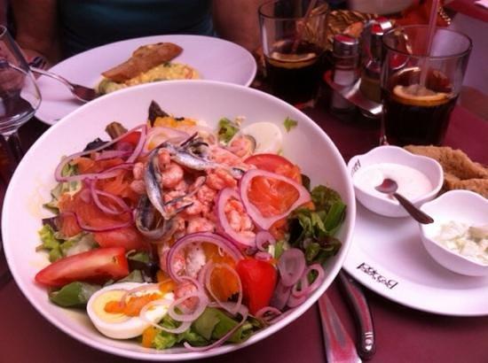 Le Grand Cafe: tres bon repas copieux
