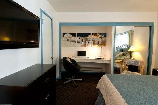 San Anselmo Inn : One of our queen rooms