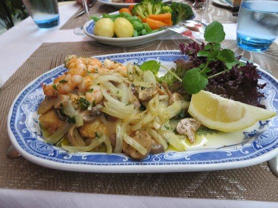 O Celeiro : Scabbard fish with prawns