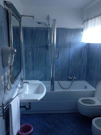 Hotel Relax Roma Nord: Bagno