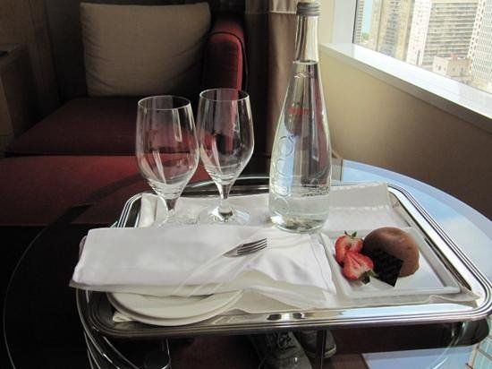 Sofitel Chicago Magnificent Mile: Complimentary gift for my birthday