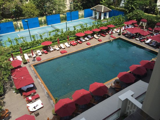 The Sukhothai Bangkok: View of the pool from room