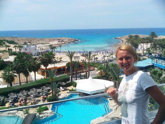 Tasia Maris Beach Hotel вид с балкона