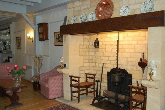 Hotel Le Madrigal: Salon