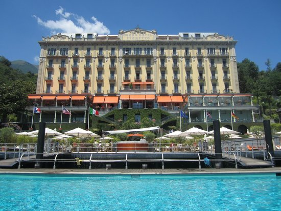 Grand Hotel Tremezzo: View from the pool