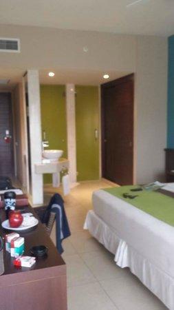 Now Larimar Punta Cana: room