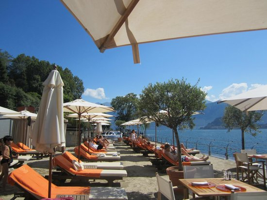 Grand Hotel Tremezzo: Beach view