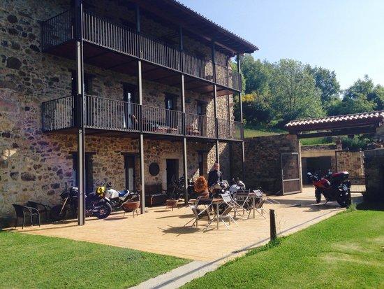 Masia la Casassa : Exterior jardin