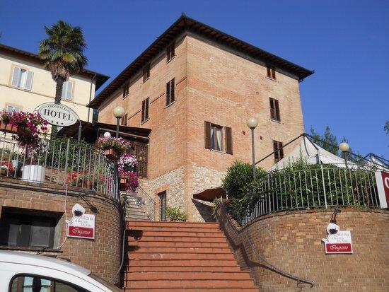 Hotel Arcobaleno e Osteria Il Boccon di..vino