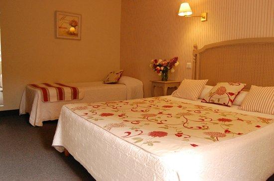 Hotel Le Madrigal: Chambre familiale