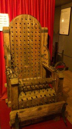 Torture Museum: A conhecida Cadeira  :)
