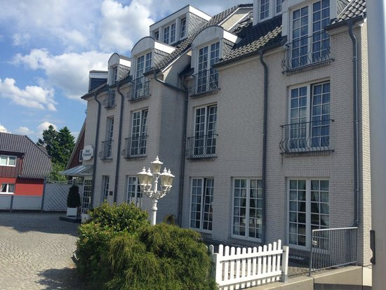Hotel Friesenhof : Hotel front view