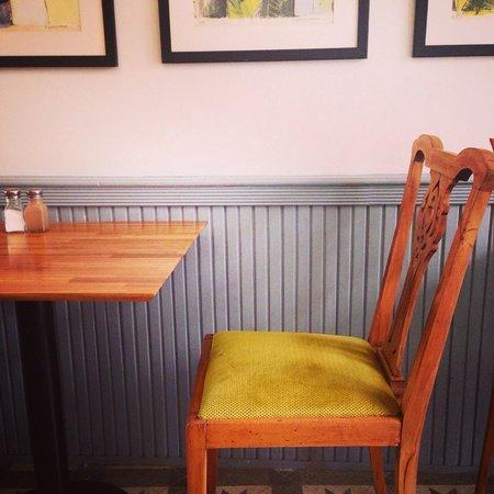 No:19 Dining: Interior