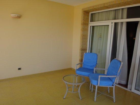 SENTIDO Palm Royale: balcony