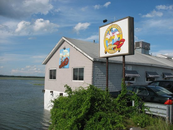 Billy's Chowder House : Billy's...The Marsh at High Tide