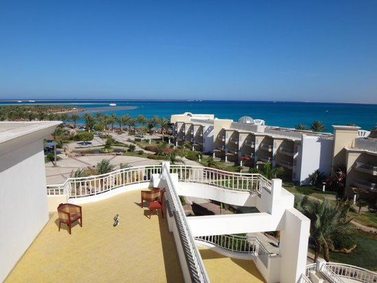SENTIDO Palm Royale: view