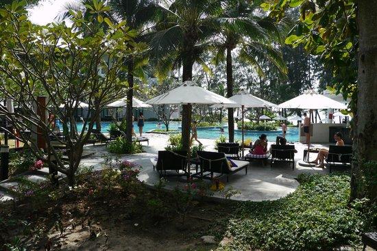 Holiday Inn Phuket Mai Khao Beach Resort: Вид из номера