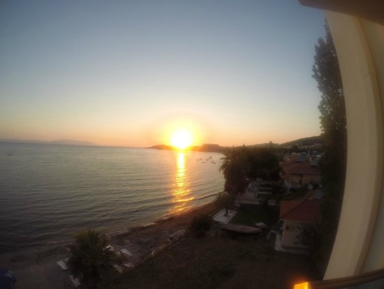 Coastlight Hotel: Sunset from Seaside Room