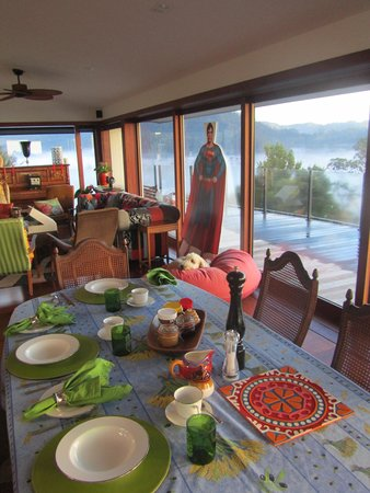 Sunlover Retreat: Donna's amazing breakfast awaits!