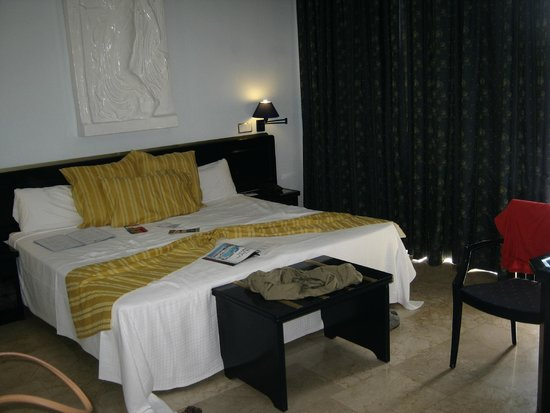 Cleopatra Palace Hotel: letto king size