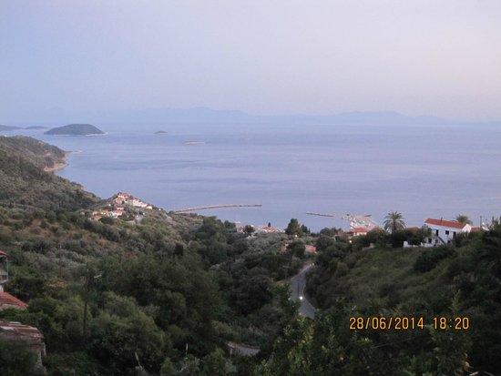 Agnanti Restaurant : View from balcony
