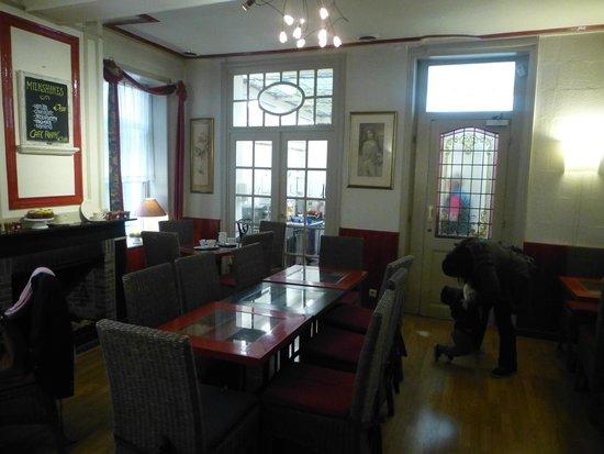 Tea-room De Proeverie: la salle à l'arrière