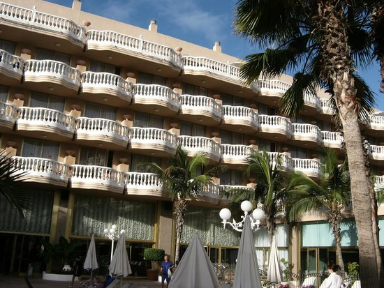 Cleopatra Palace Hotel: vista hotel dalla strada