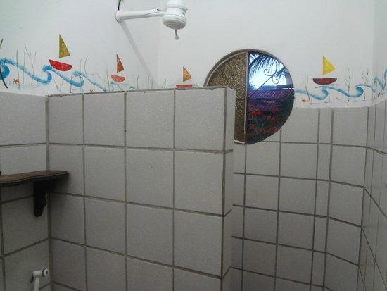 Pousada AguaMarinha: banheiro