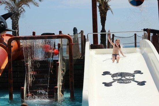 Long Beach Resort Hotel & Spa: аквапарк