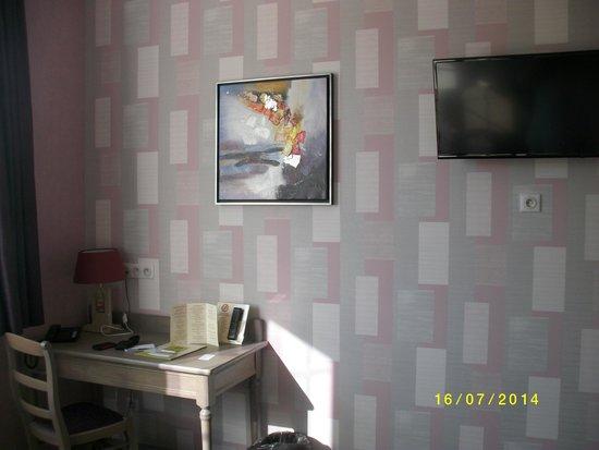 La Villa Des Houx: télé