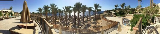 The Grand Hotel Sharm El Sheikh: The beach